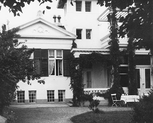 Kaiserallee 1- um 1900