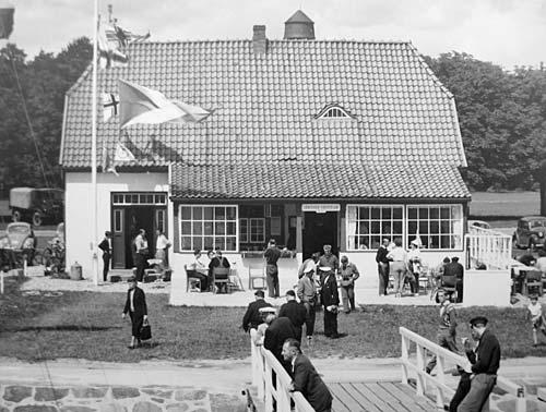 Trelleborgallee 2a - Lübecker Yachtclub